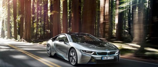 BMW:s superhybrid i8 nu officiell