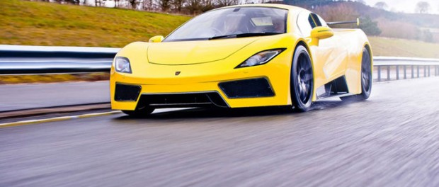 Arash Cars visar upp nya modellen AF8