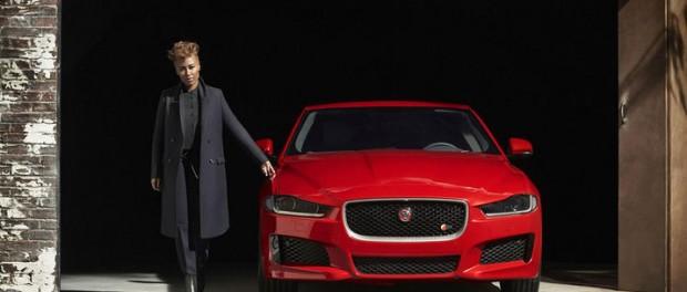 Första bilden på Jaguar XE