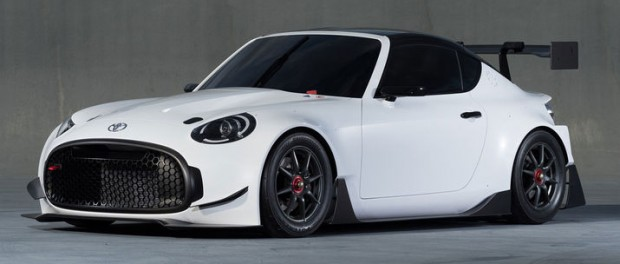 Toyotas lilla S-FR i racingkläder