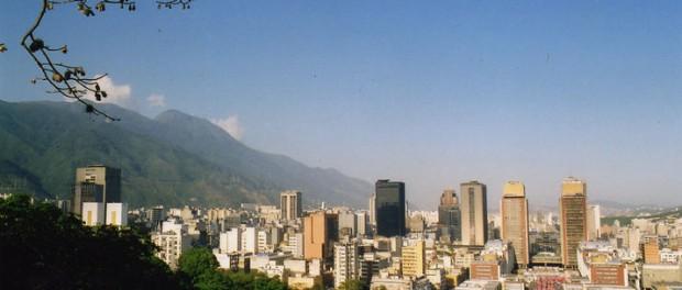 Venezuela höjer bensinpriset med 6.000 procent